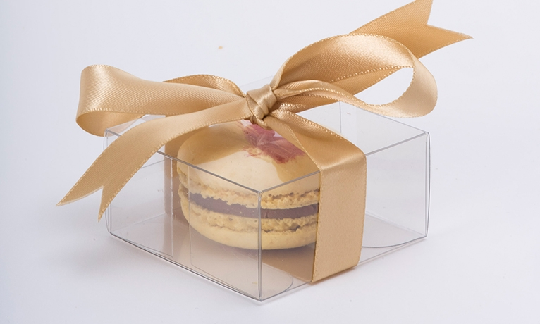 Treat Your Guests Wedding Favour Macarons